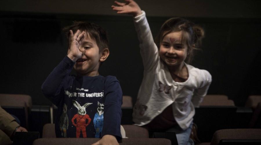 Gratis kinderoppas tijdens familievoorstellingen